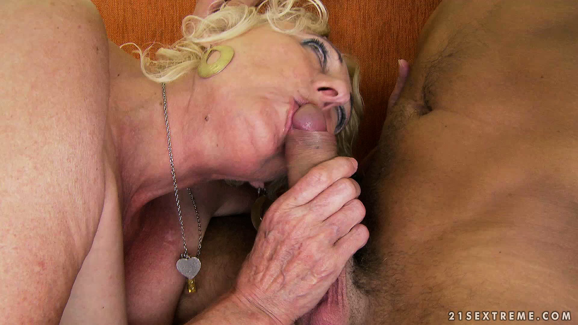 Porn Tube of Blonde Mature Lady With Huge Tits Makes The Moves To Satisfy Her Sexual Needs