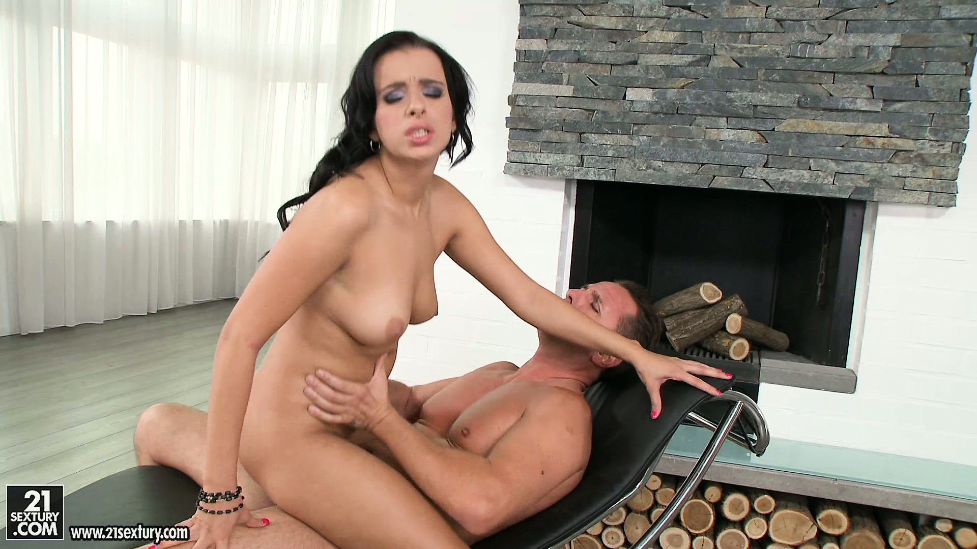 Sex Movie of Slutty, Dark-haired Woman Is Fond Of Catching Thick, Sticky Sperm With Her Lips