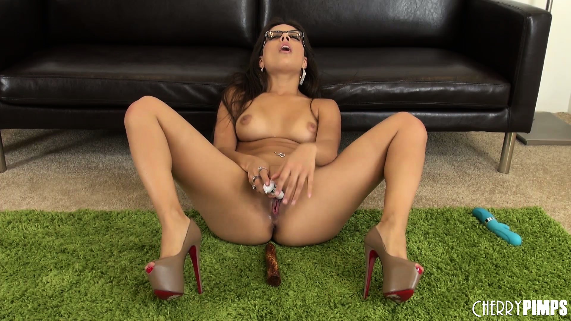 Porn Tube of Jynx Maze Has A Tight Snatch That Needs To Be Stretched By A Wild Dick