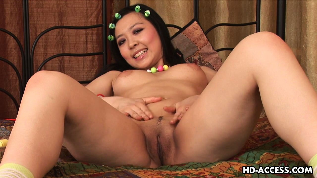Porno Video of Asian Cutie Courtney Shows Off Her Lovely Tits, Superb Ass And Tight Pussy