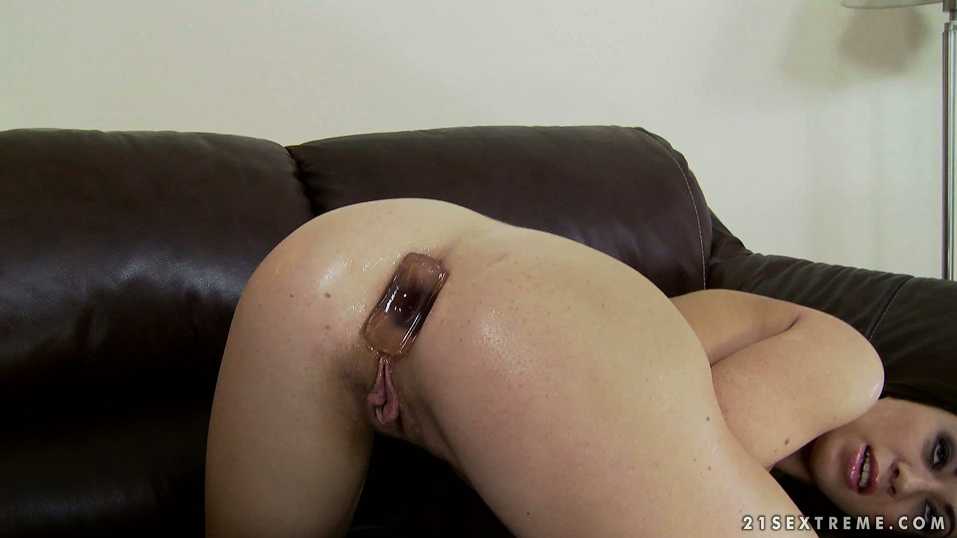 Porno Video of Tiffany Doll Takes Anal Toys Up Her Ass And Gets Her Clit Vibed