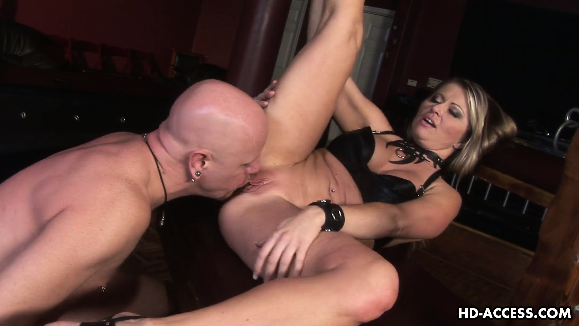 Porno Video of Mistress Nicholette Flogs Her Slave And Then Gives Him A Brutal Blowjob