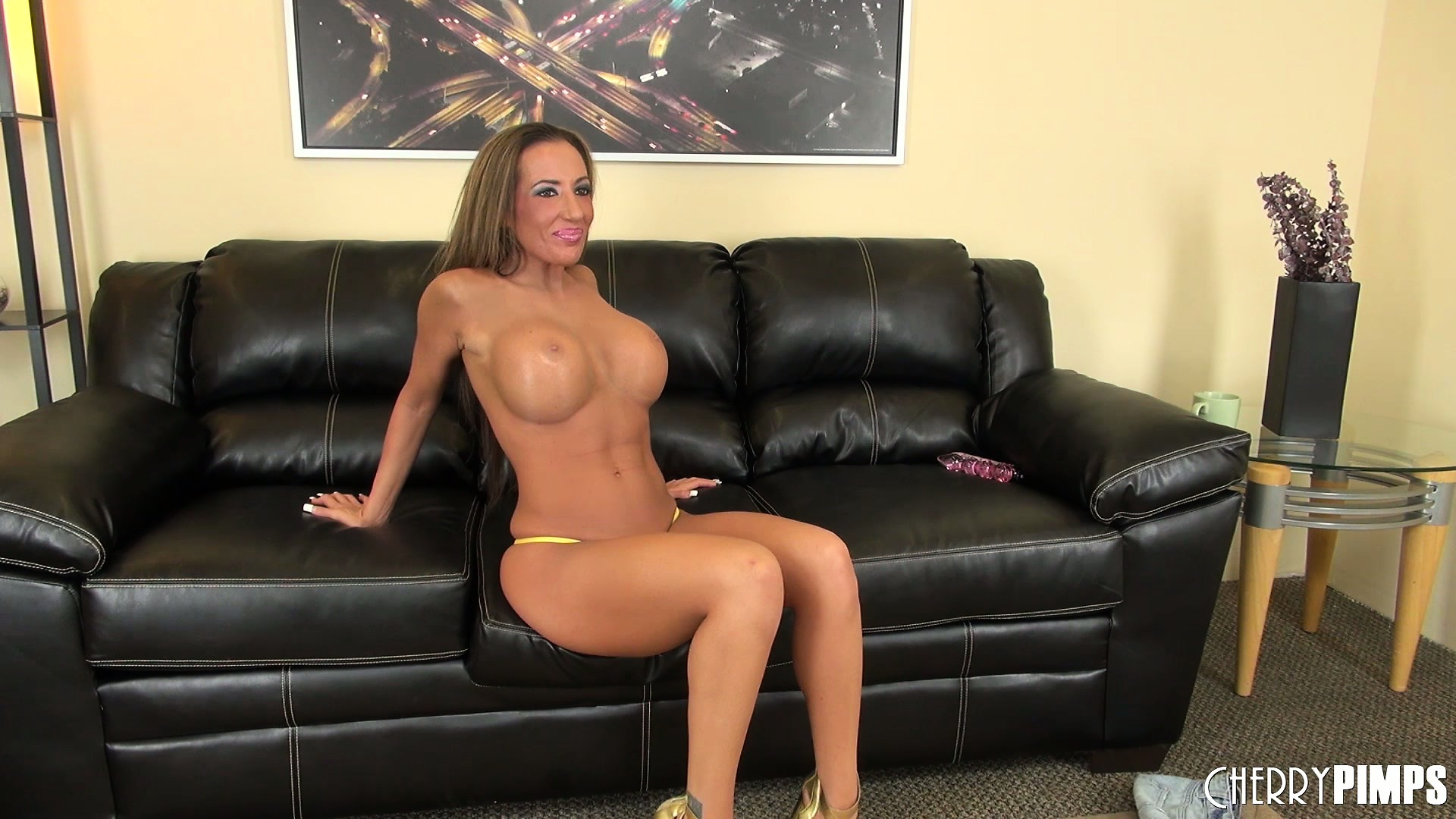 Porn Tube of Brunette Bimbo Built Like An Amazon Poses In A Bikini And Heels