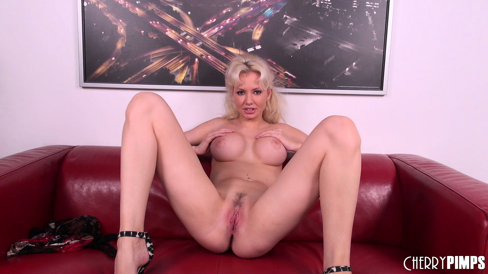Porn Tube of Gorgeous Blonde Margo Russo Shows Off Her Perfect Curvy Body And Her Wild Side