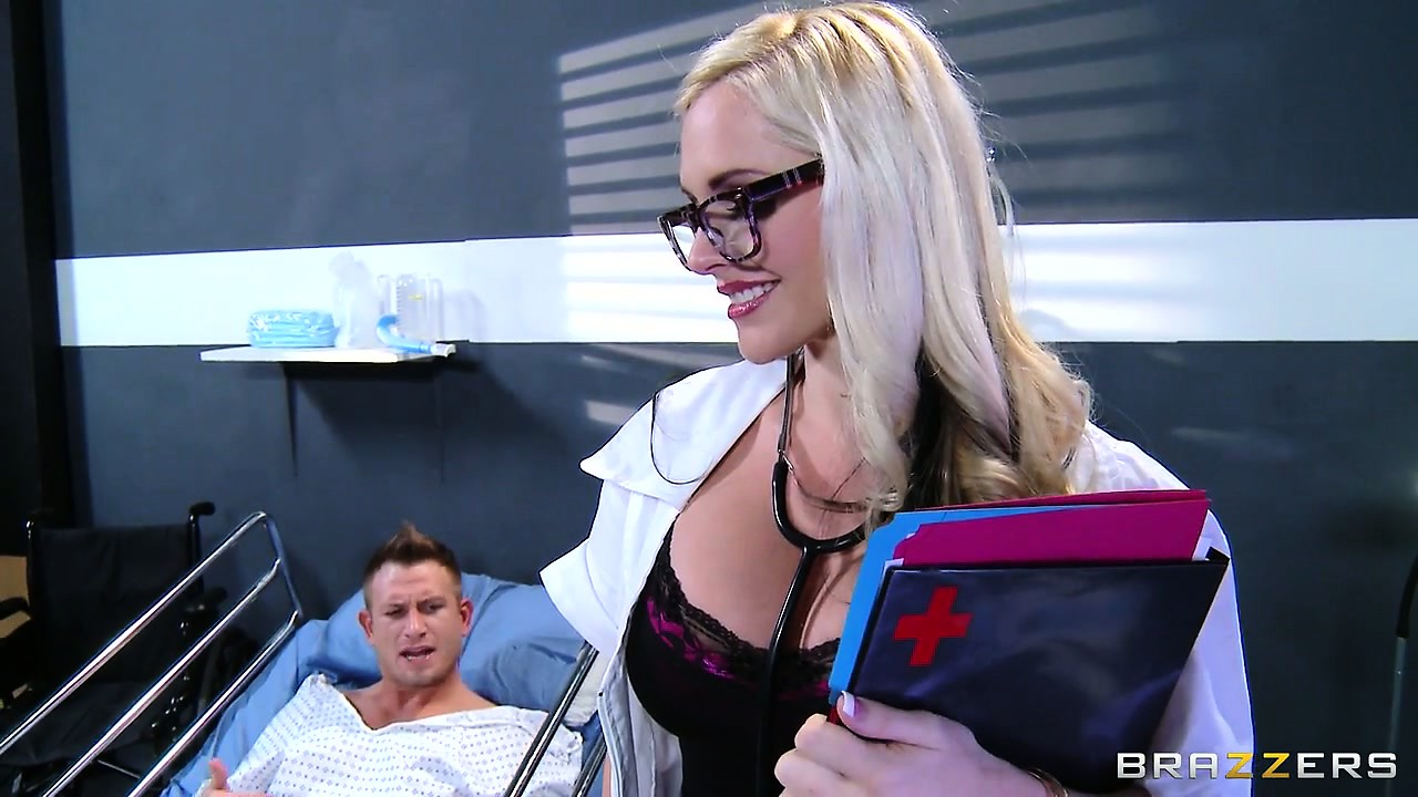 Porno Video of Hot Nurse With Huge Boobs Lures Patient Into Fucking Her Raw