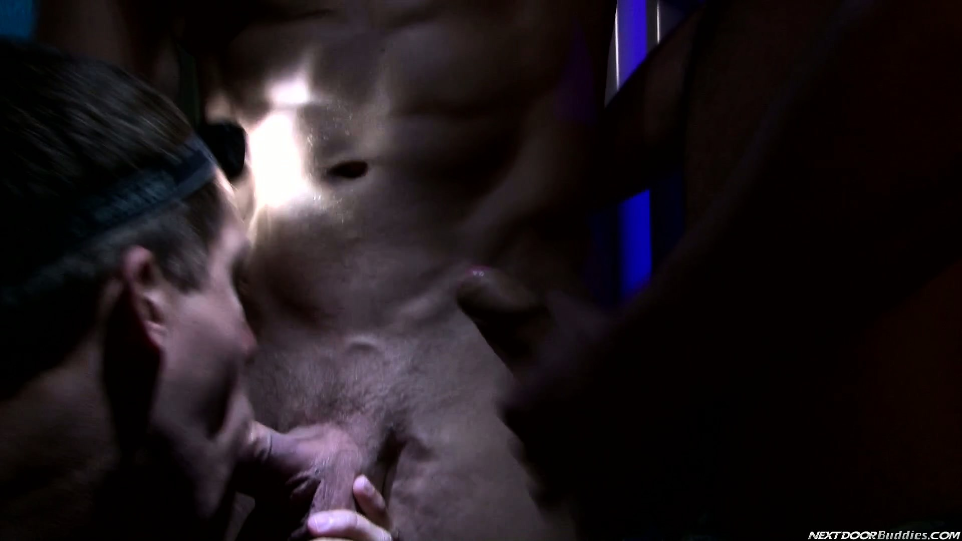 Porno Video of Three Hot Gays Meet Up And Jerk Off Before They Munch On Dick