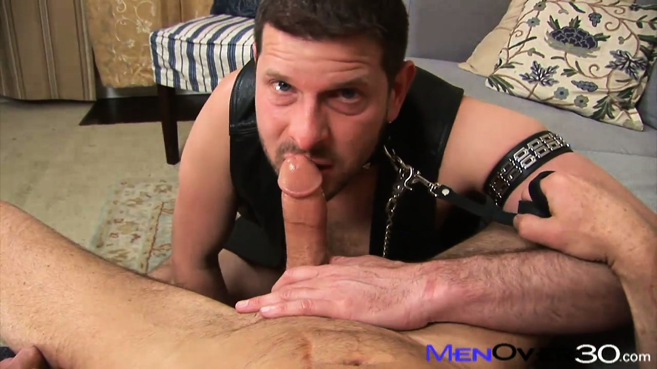 Porno Video of Cock Bent For Leather And A Nose Shoved Up The Ass Are Par For The Course