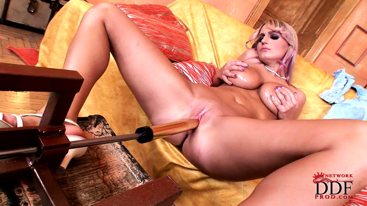 Porn Tube of Sexy Blonde Milf With Massive Mounds Gets On Her Knees For The Sybian Show