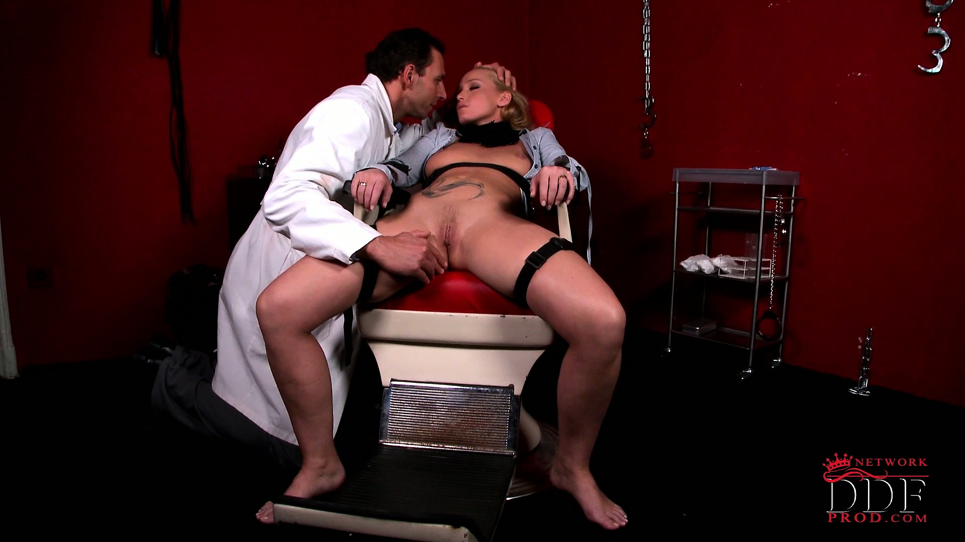 Porno Video of Kathia, A Beautiful Blonde With Nice Tits And A Sweet Pussy, Visits A Deviant Doctor