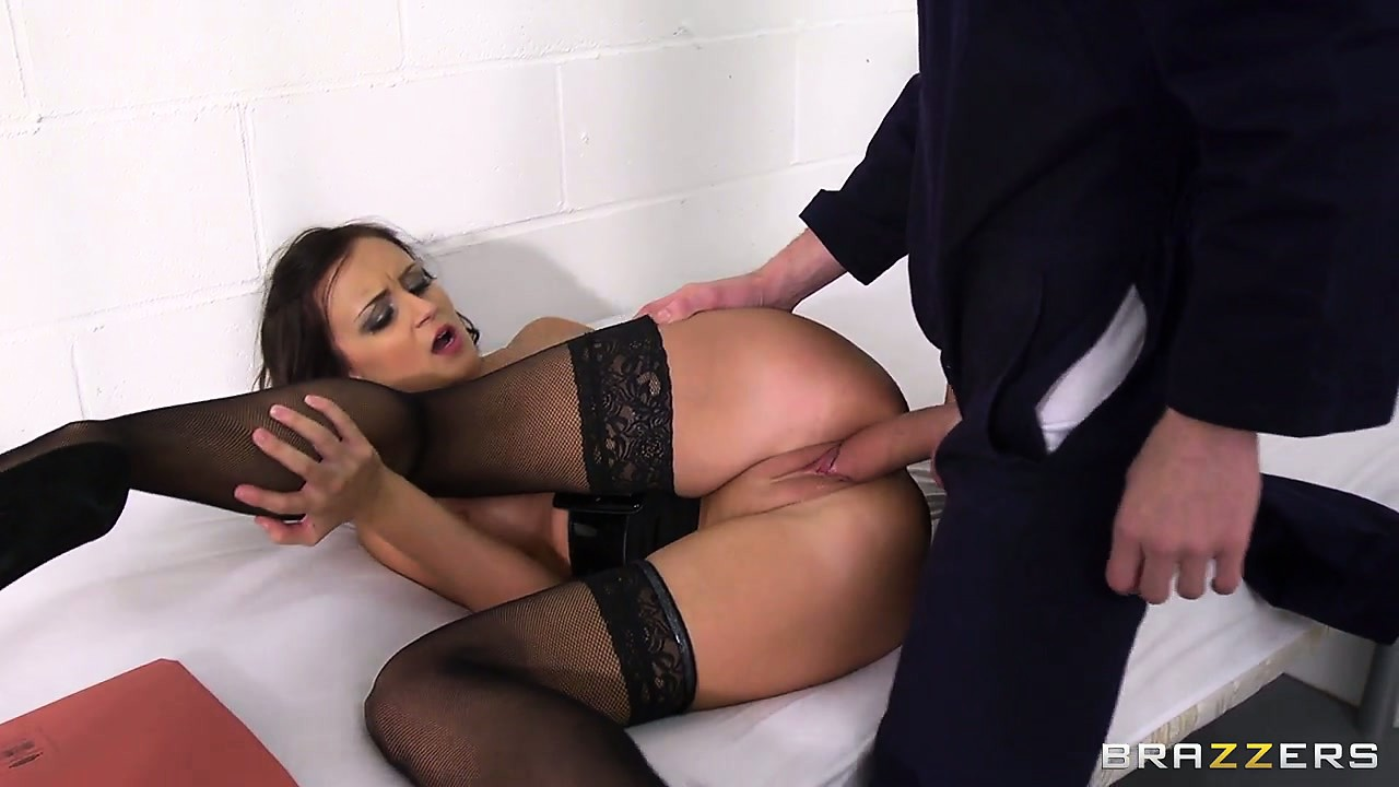 Porno Video of This Huge-dicked Jail Bird Is Dangerous But His Busty Lawyer Is Horny Enough To Take The Risk