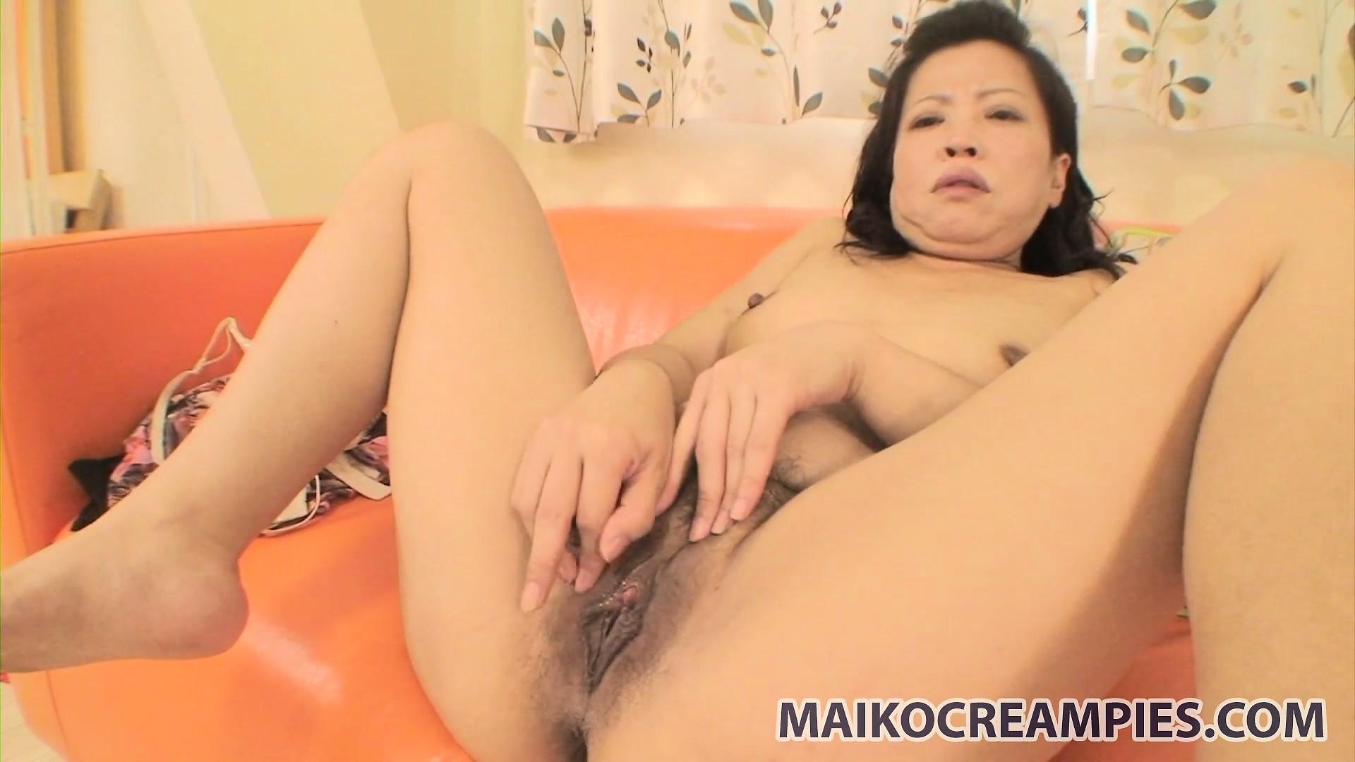 Смотреть порно азиатки невесты 1 фотография