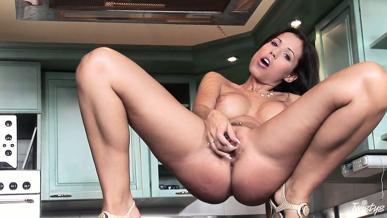 Porn Tube of Noble Kife Is Fond Of Spreading Her Long Legs And Stuffing Her Muffin