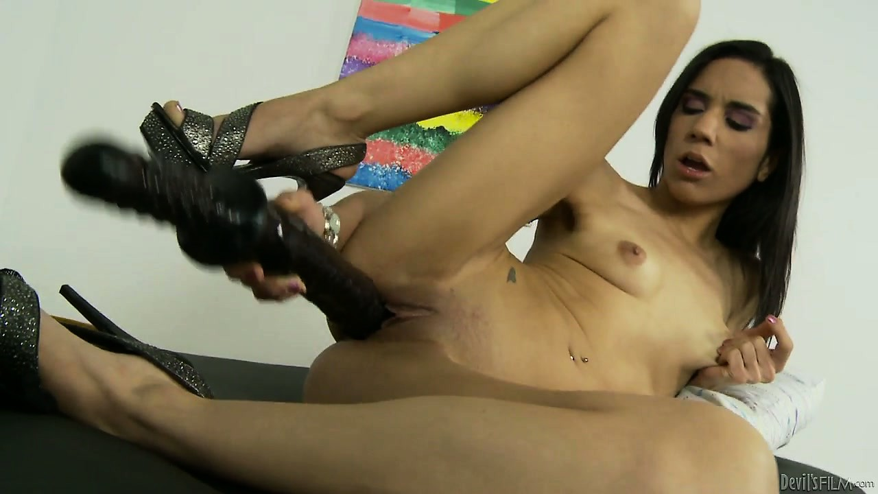 Porno Video of Petite Slut Stretches Herself Out With A Truly Monstrous Dildo