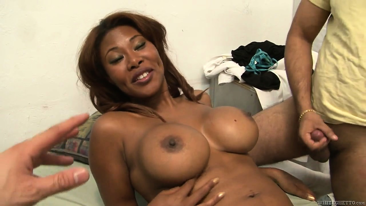 Porno Video of Wonderful Ebony Babe With Big Round Tits And A Gorgeous Ass Wants To Have Fun