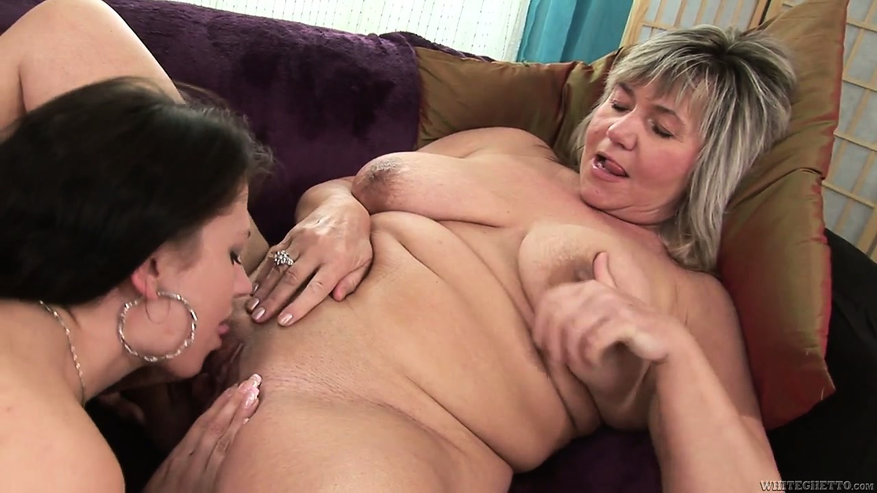 Porn Tube of Brunette With Big Earrings Tries The Fat Pussy Of Mature Vixen