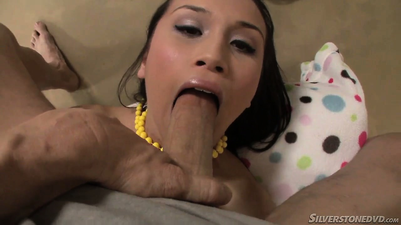 Porno Video of Kinky Little Housewife Uses Her Tongue To Clean Her Hubby's Cock