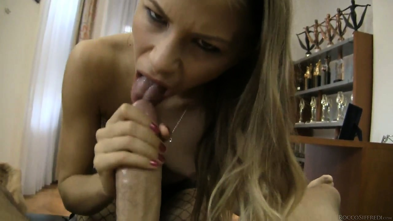 Porno Video of Blonde Bimbo Licks A Fat Cock With Her Skilled Tongue In A Pov