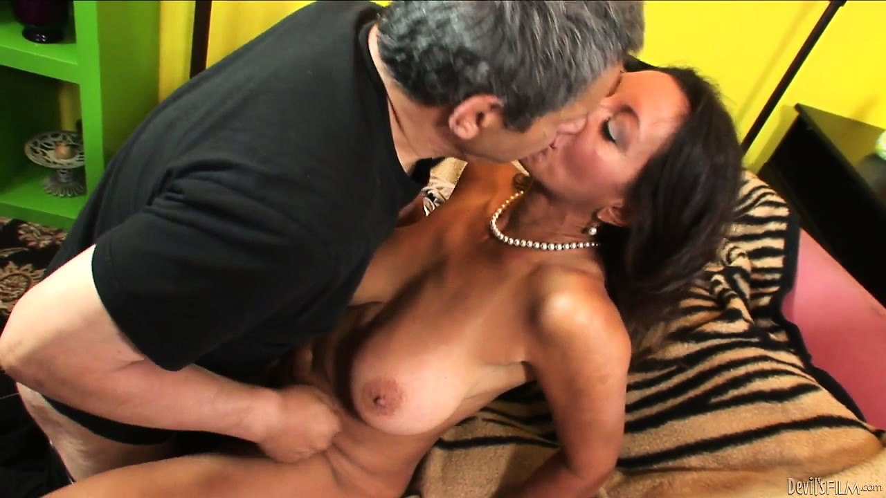 Porn Tube of Tanned Milf Gets Her Hairy Snatch's Lips Parted And Eaten Out