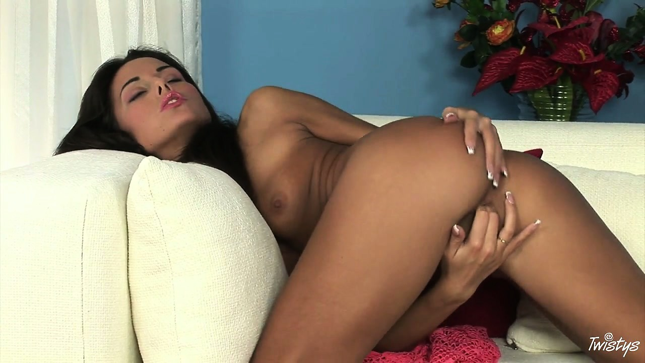 Porno Video of Tanned Brunette Babe Rubs Her Butthole As She Works Her Cunt