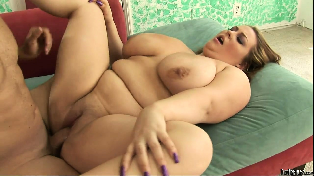 Porno Video of Curvy Blonde With Huge Tits And A Big Round Ass Is Eager To Get Fucked