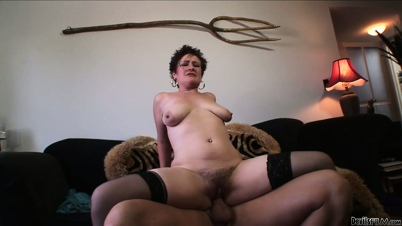 Sex Movie of Mature Whore Banged Hard By A Huge Cock In Her Hairy Slutty Pussy