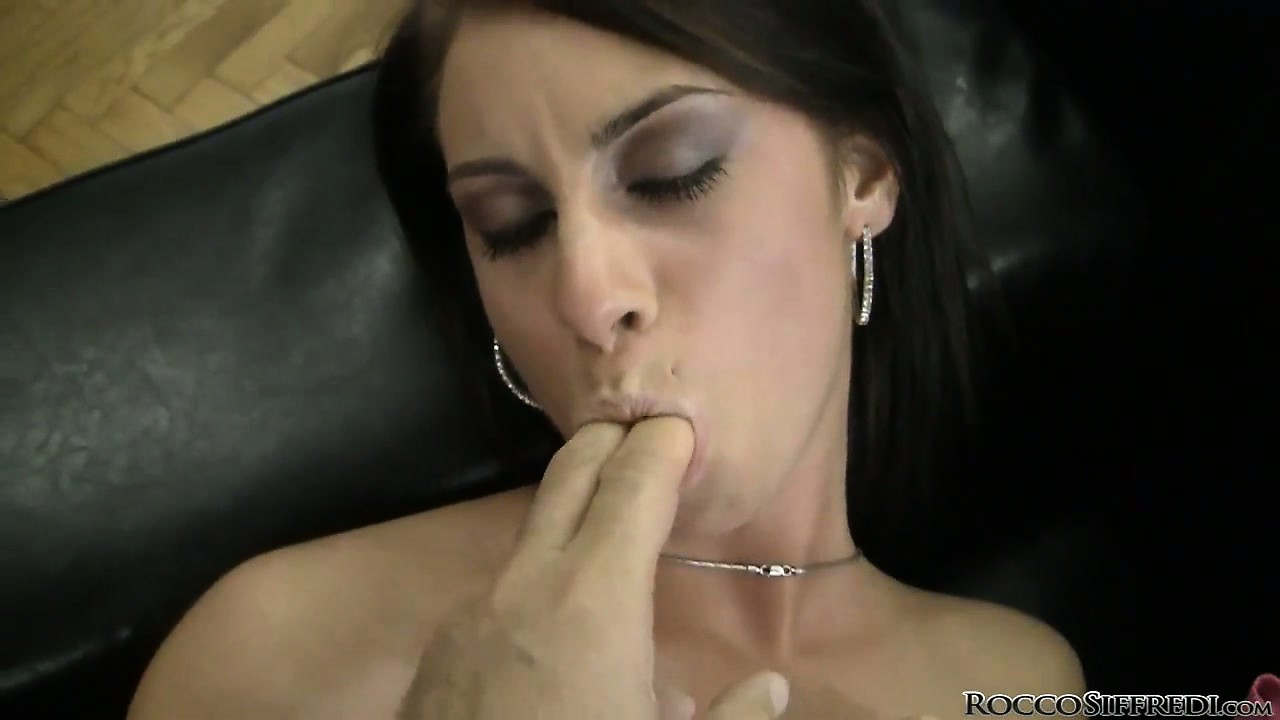 Sex Movie of Rocco Fingers Her Cunt, She Munches And Then He Eats Out Her Ass