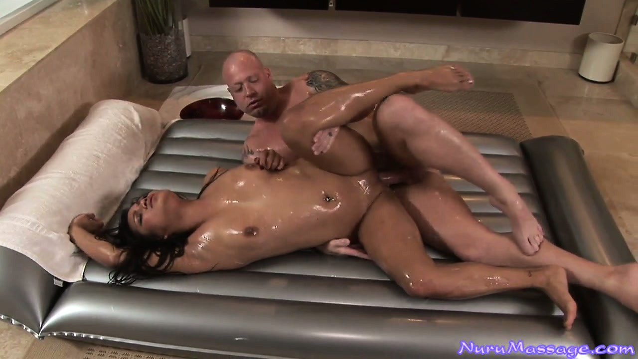 Porno Video of Sexy Brunette Uses Her Tiny Body To Oil Up A Man Before Fucking