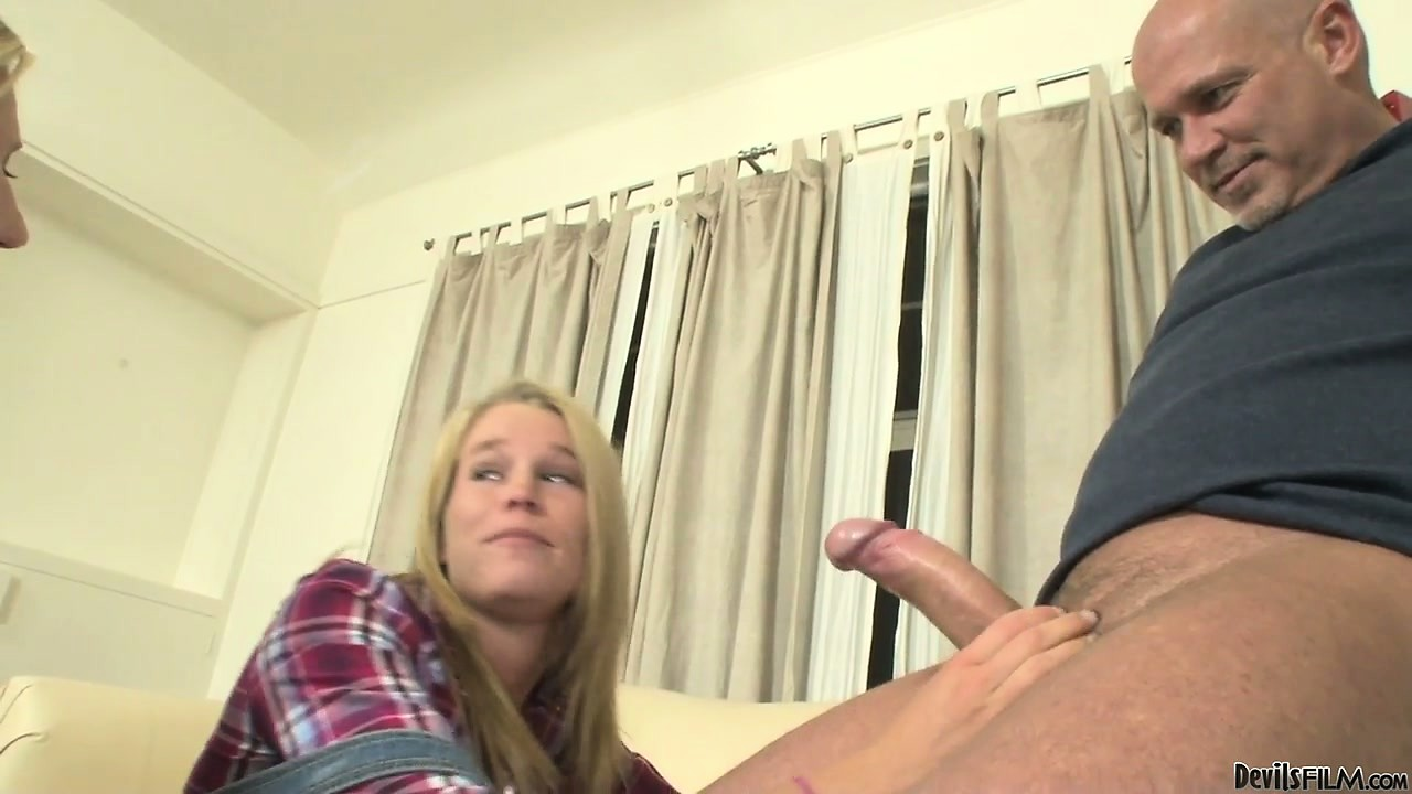 Porn Tube of Responsible Blonde Mother Teaches Her Naughty Daughter Cock Sucking 101