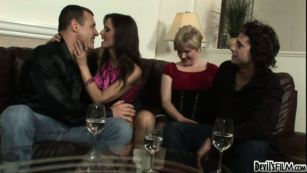 Porn Tube of Swingers Get Together With Their Friends For A Bisexual Foursome