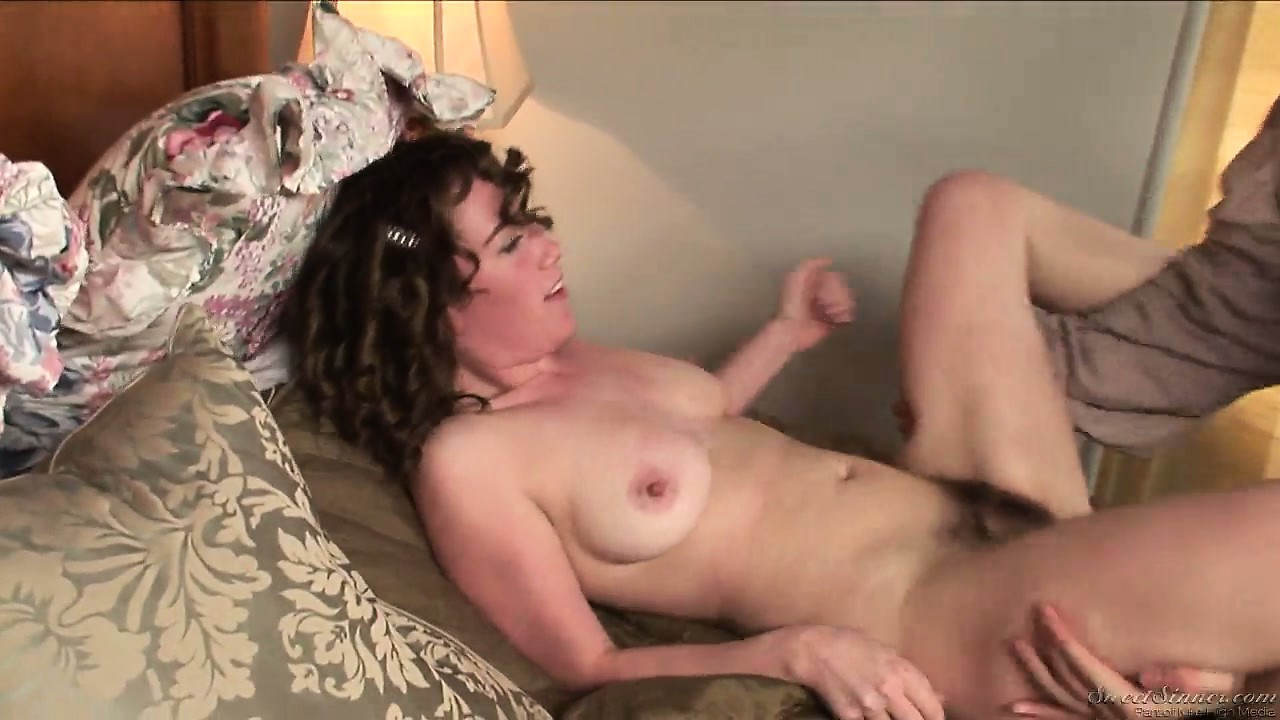 Porno Video of Experienced Whore Has The Power To Seduce This Aroused Fellow