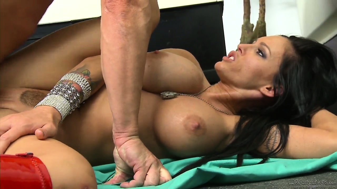 Porno Video of Big Tit Babe Jenna Presley Slammed Hard In Her Dripping Wet Yet Tight Pussy