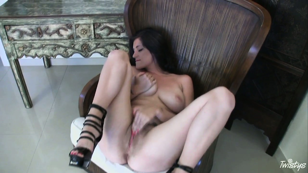 Porno Video of Brunette Bitch Puts Her Legs Up And Rubs Her Wet Cunt Softly