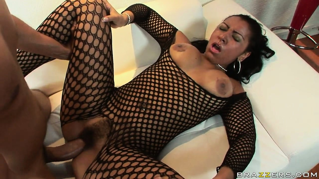 Porn Tube of Slutty Ebony Babe In Her Fishnet Body Suit Gets Nailed By Bbc In Her Fur Pie