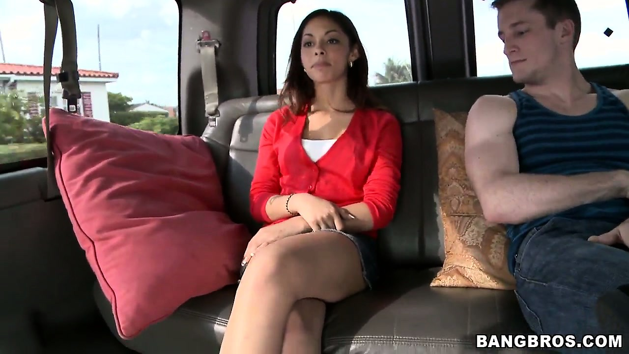 Porno Video of Hot College Girl With Sexy A Slim Body Accepts The Invitation To Join A Guy In The Van
