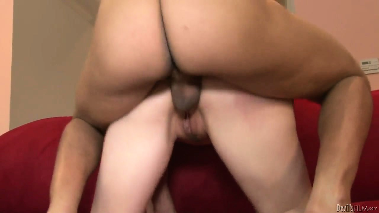 Porno Video of Amazing Blonde Kisses With The Big Pricks And Gets Her Tongue Jizzed