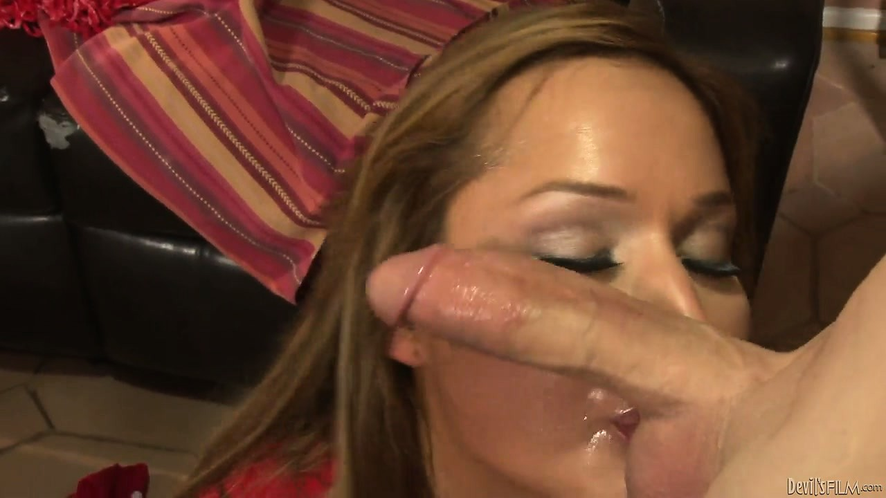 Porno Video of Shemale In Cheerleader Outfit Gets Her Throat And Ass Fucked Deep