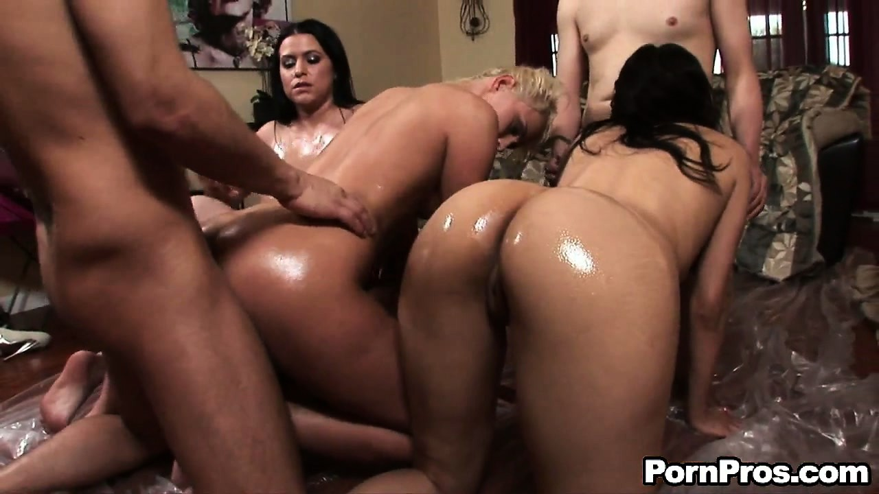 Porno Video of Ivana Sugar Is Joined For A Messy Facial By Several Of Her Horny Friends