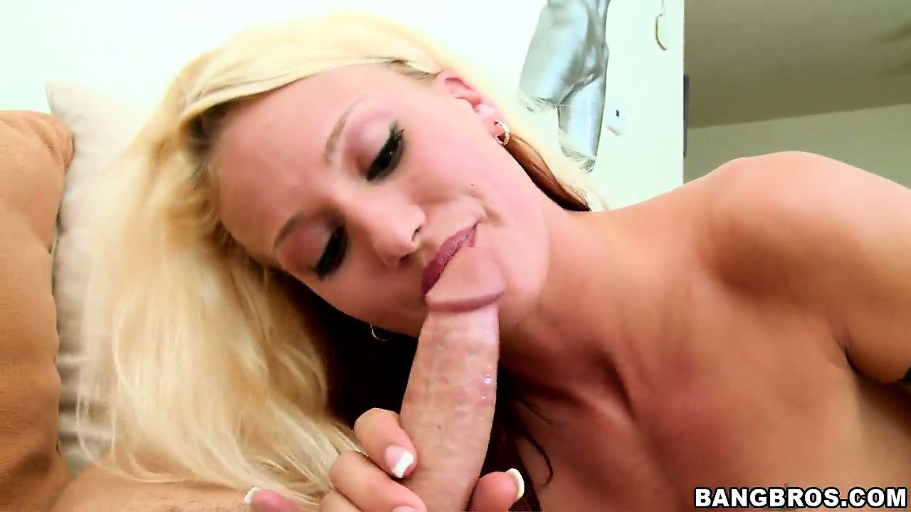 Porno Video of Sexy Blonde Girl With A Slim Body And Tiny Tits Doesn't Shy Away From A Big Cock
