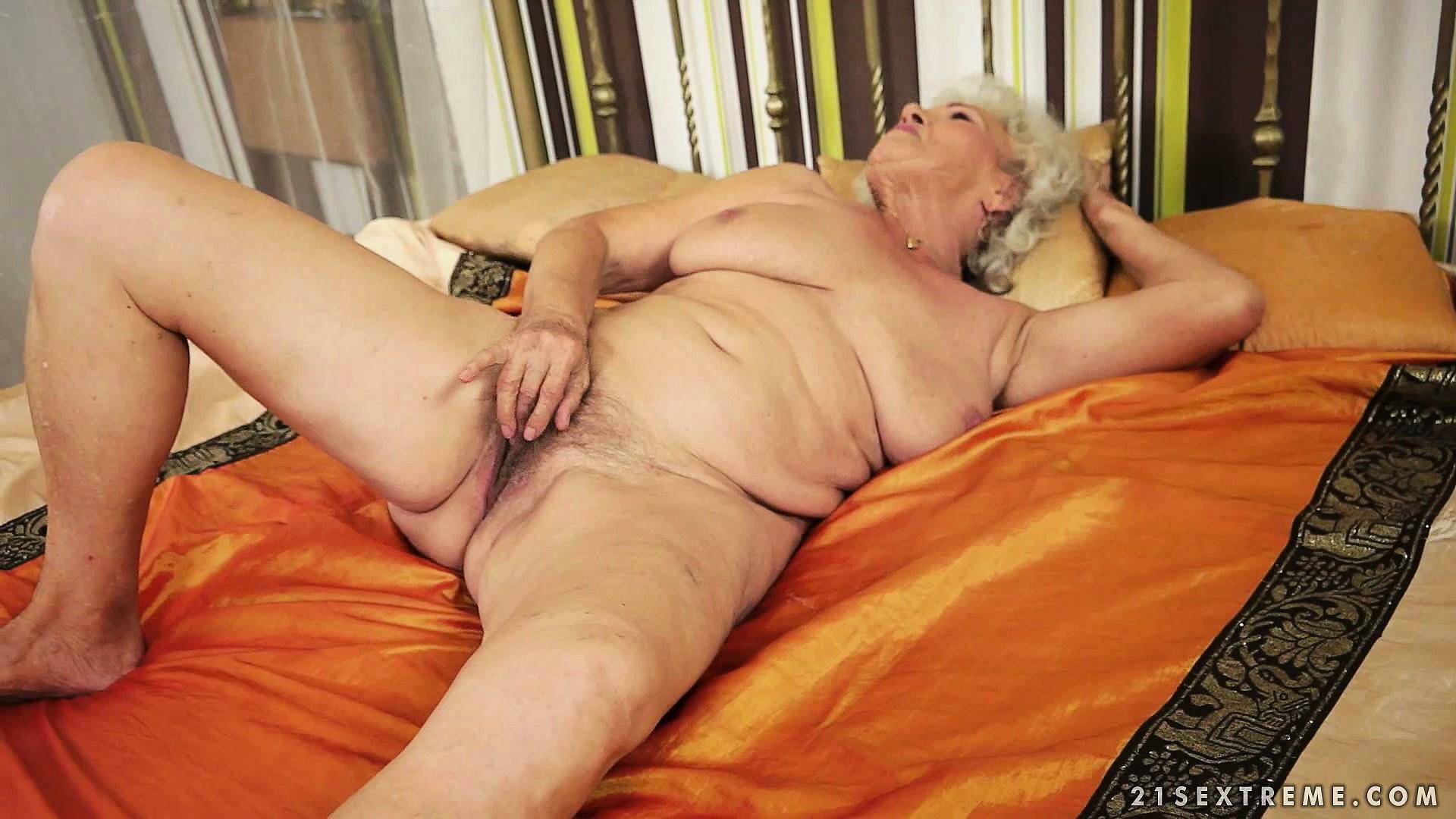 porno-roliki-volosatie-staruhi
